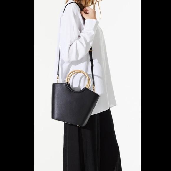 FLYNN Handbags - NEW FLYNN BARKLEY LEATHER TOTE (NWT)